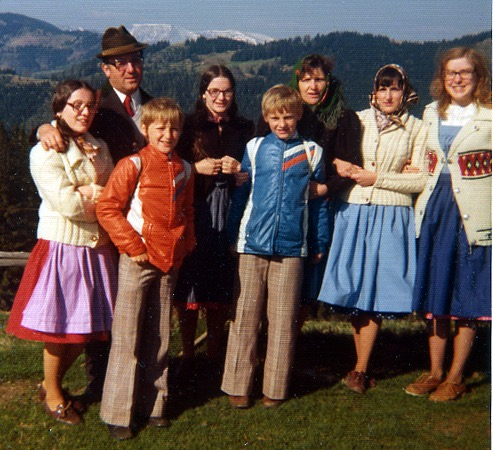 Image: Marcia Riefer Johnston with her host family in Austria in 1976