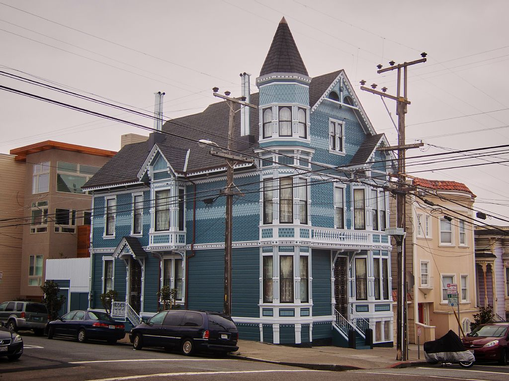 Image: Victorian house at the corner of Sanchez and Noe, Noe Valley, San Francisco