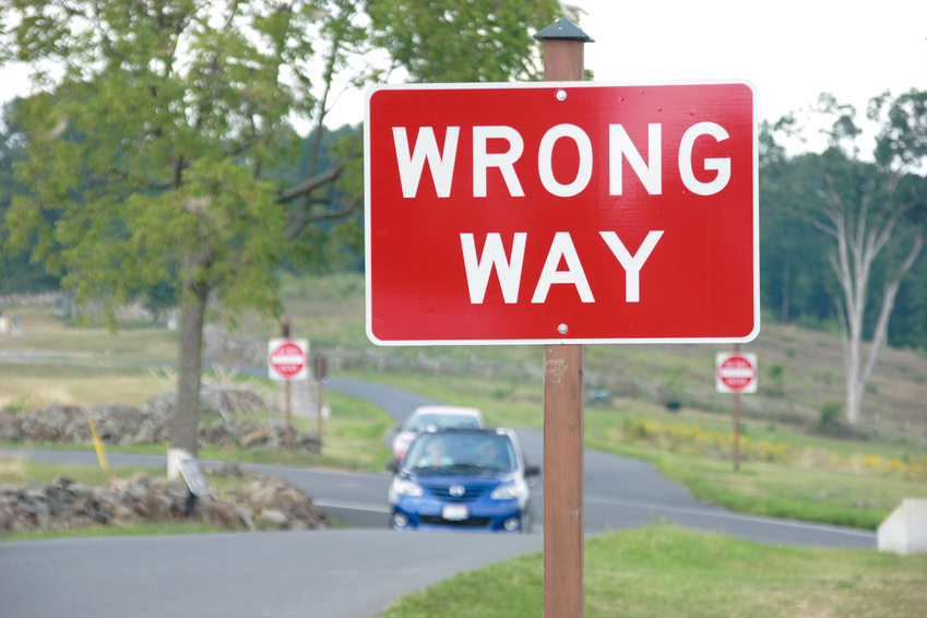 Image: Sign — Wrong way.